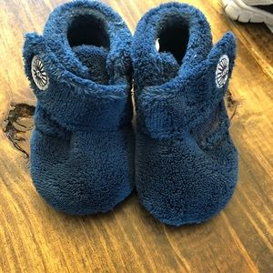UGG baby slippers